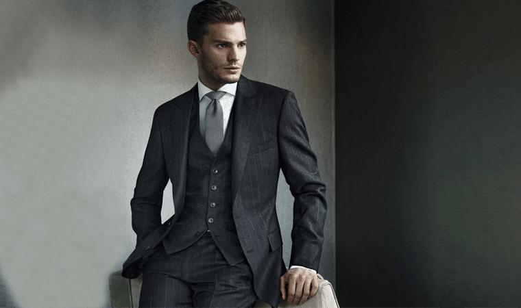 Kết quả hình ảnh cho các kiểu dáng áo gile phối hợp cùng vest nam