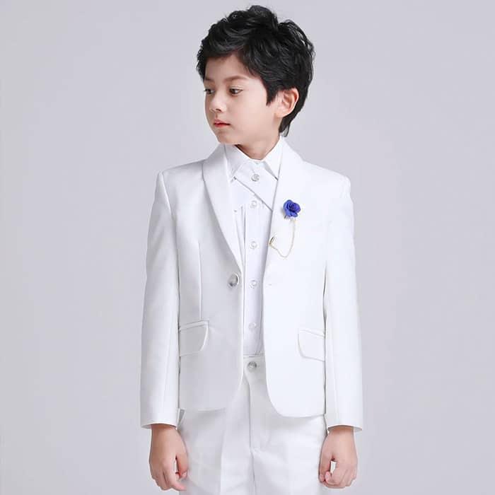 vest trắng sang trọng